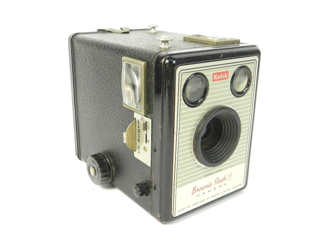 KODAK BROWNIE FLASH VI