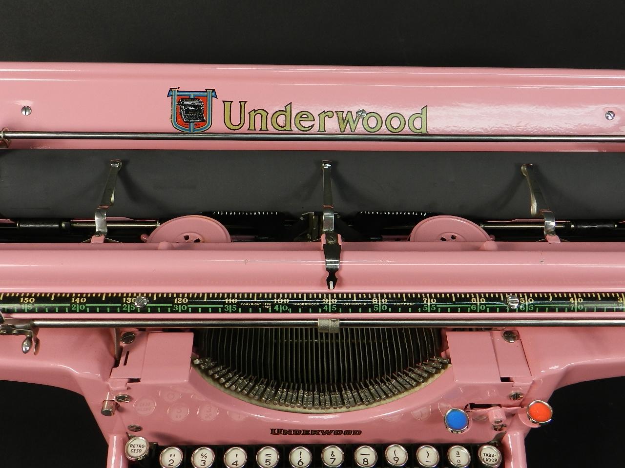 Imagen UNDERWOOD AÑO 1930 COLOR ROSA 40483