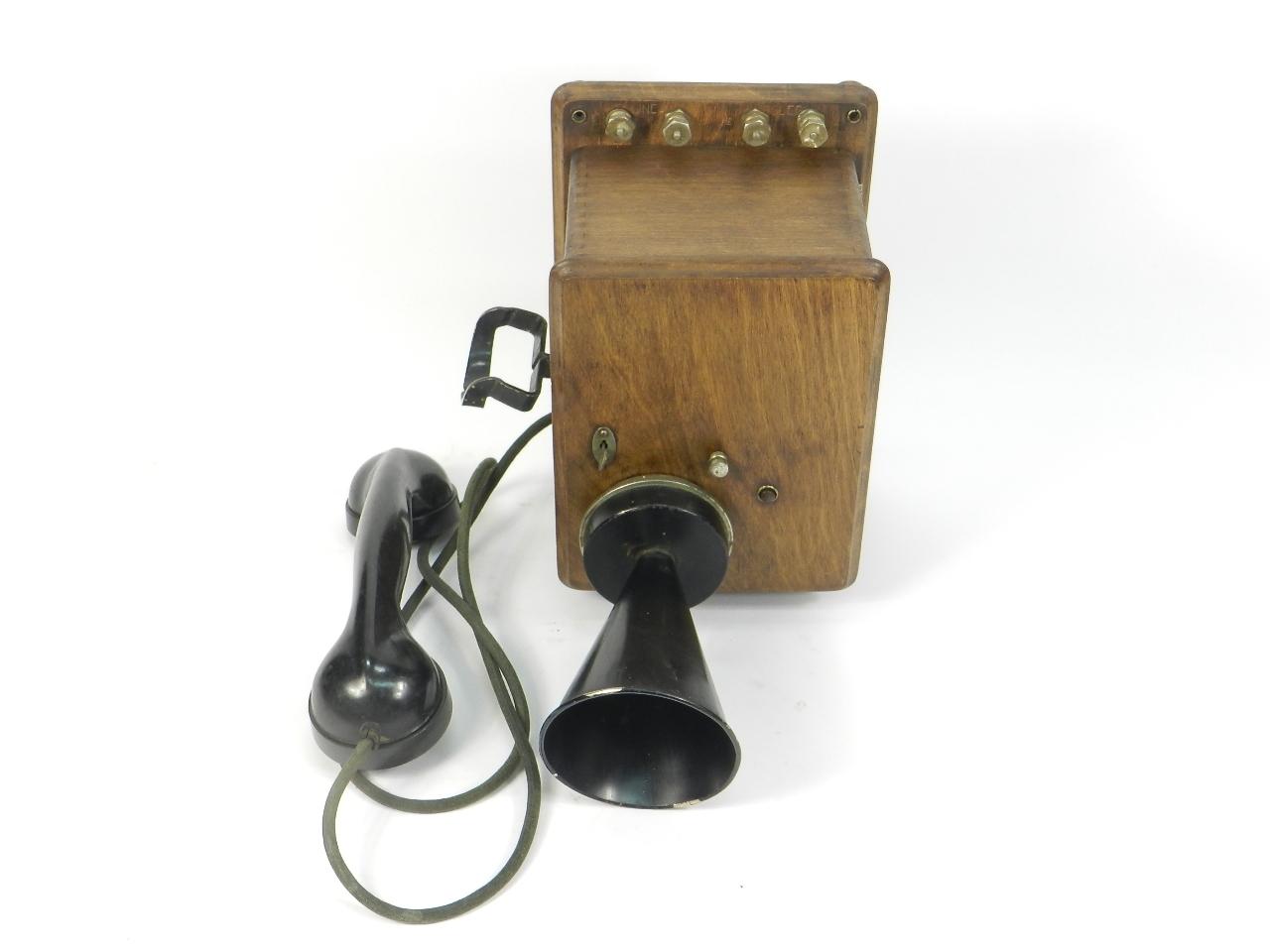 Imagen TELEFONO DE PARED AÑO 1930 41350