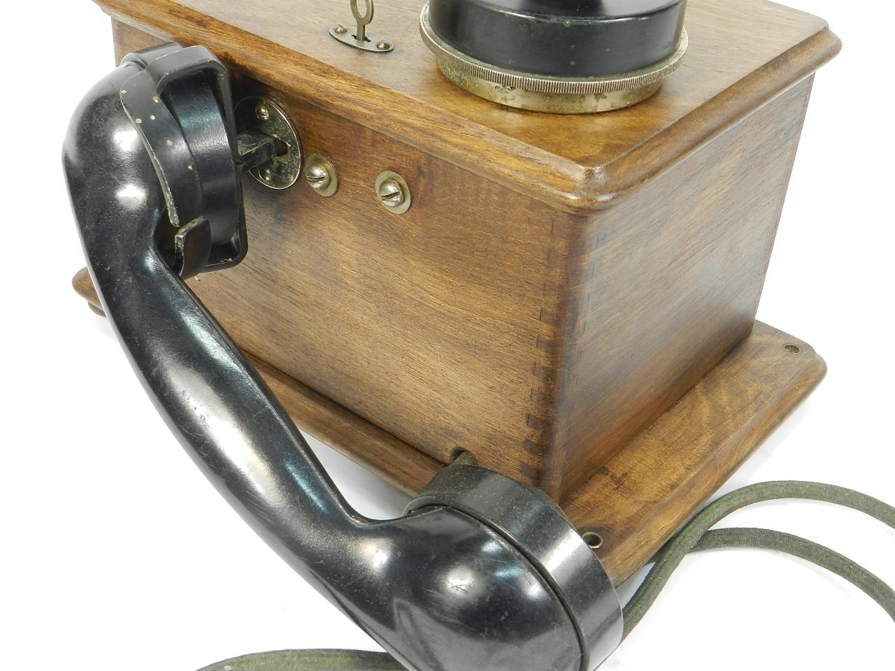 Imagen TELEFONO DE PARED AÑO 1930 41352