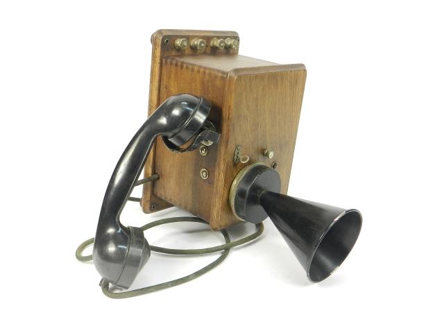 TELEFONO DE PARED AÑO 1930