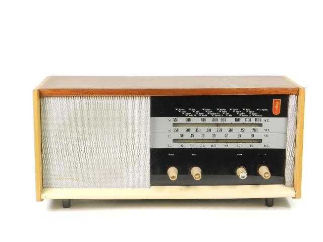 RADIO De WALD Mod.390  AÑO1960