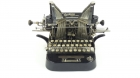 THE COURIER TYPEWRITER AÑO 1903