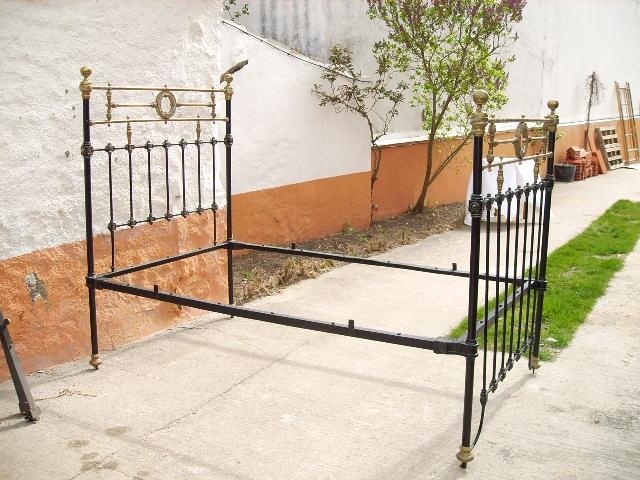 Cama de forja antiguedades antiguedades rusticas - Camas de forja antiguas ...