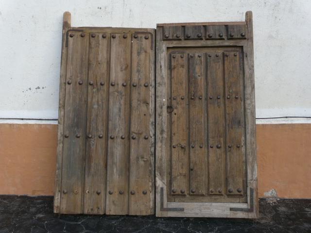 Antiguedad portones antiguos for Porton madera antiguo