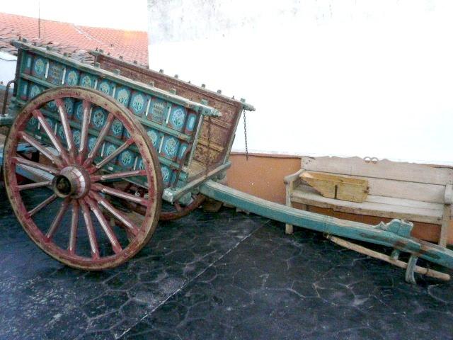 Antiguedad carro de madera for Carros de madera para jardin