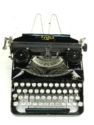 ERIKA S 1933