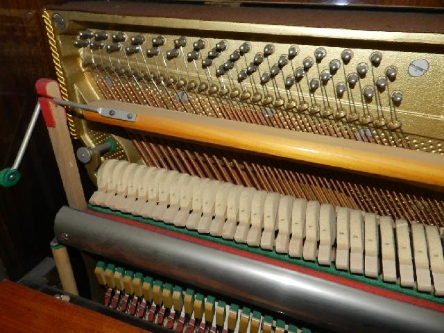 Imagen PIANO PETROF 1980 18558