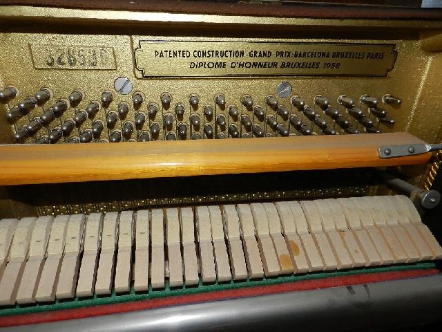 Imagen PIANO PETROF 1980 18557