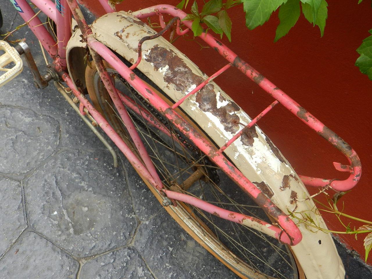 Imagen TRES BICICLETAS ANTIGUAS 23253