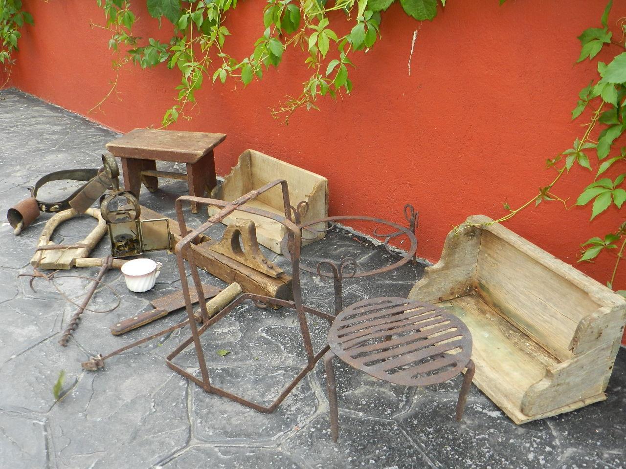 Imagen LOTE DE PIEZAS RÚSTICAS 23542