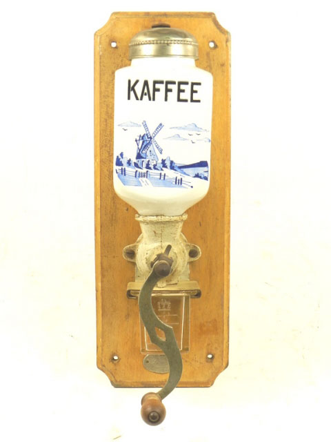 MOLINILLO DE CAFÉ DE PARED AÑO 1930