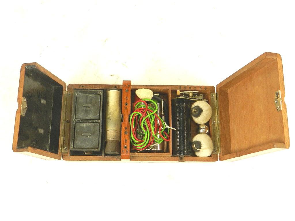 Imagen APARATO DE ELECTROSHOCK AÑO 1900 24403
