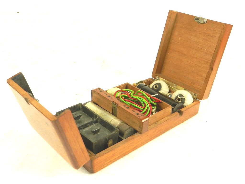 Imagen APARATO DE ELECTROSHOCK AÑO 1900 24404