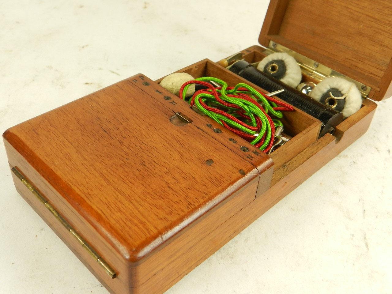 Imagen APARATO DE ELECTROSHOCK AÑO 1900 24408