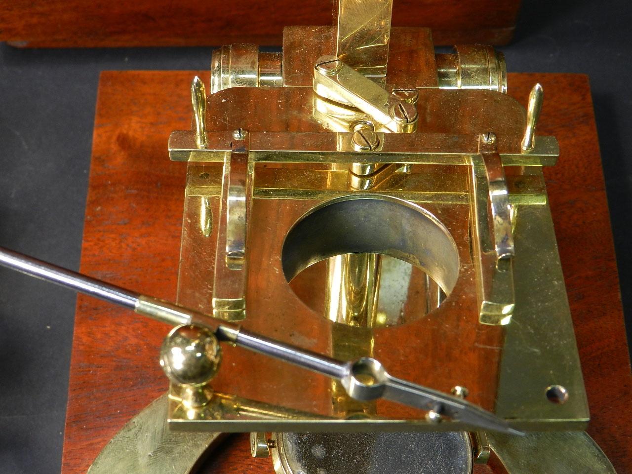 Imagen MICROSCOPIO BINOCULAR H.W. CROUCH AÑO 1862 24902