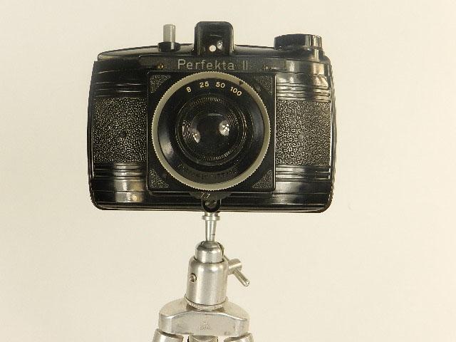 Imagen CÁMARA DE FOTOS PERFEKTA II + TRÍPODE AÑO 1956 25371