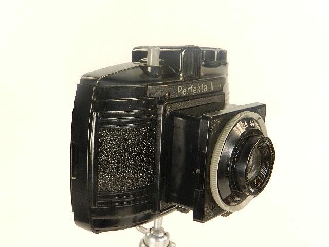 Imagen CÁMARA DE FOTOS PERFEKTA II + TRÍPODE AÑO 1956 25372