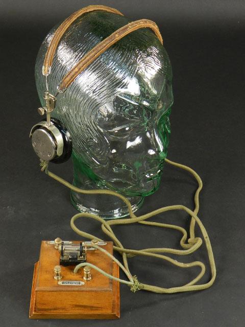 ANTIGUA RADIO A GALENA AÑO 1920 + AURICULARES