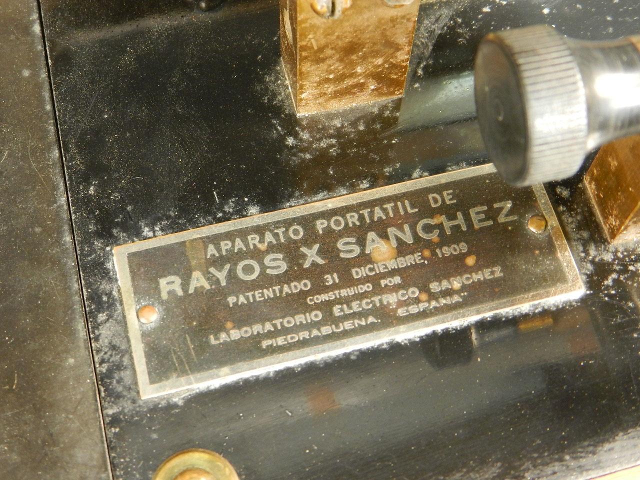 Imagen 1º APARATO DE RAYOS X PORTÁTIL AÑO 1909 25841