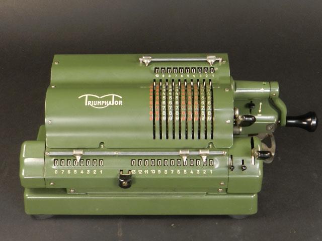 TRIUMPHATOR CN1 AÑO 1952