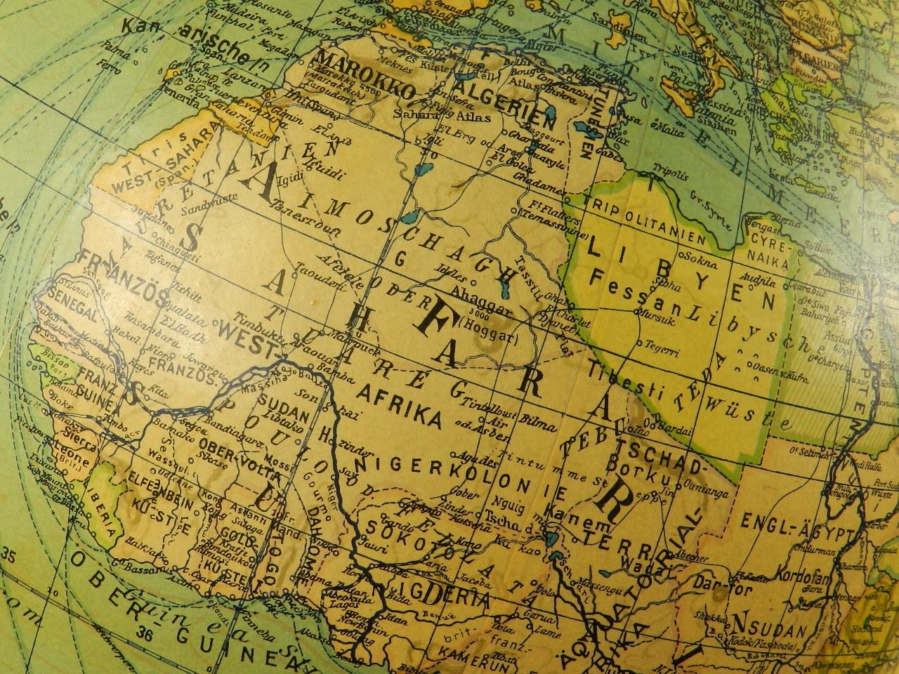 Imagen GLOBO TERRÁQUEO COLUMBUS AÑO 1940 27000
