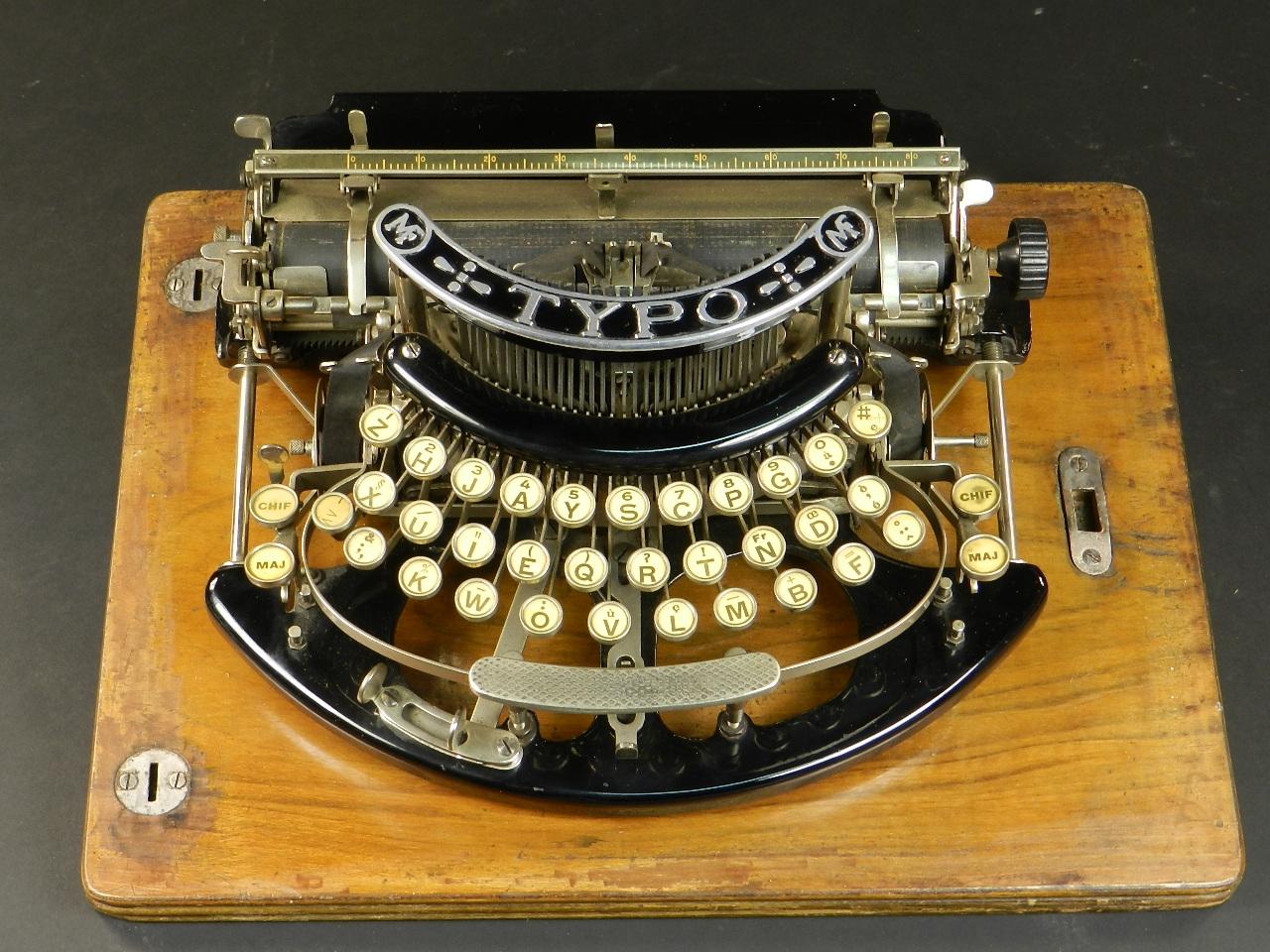 Imagen TYPO  AÑO 1915 + Caja de madera 27023