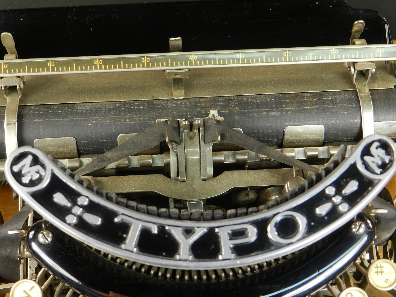 Imagen TYPO  AÑO 1915 + Caja de madera 27026