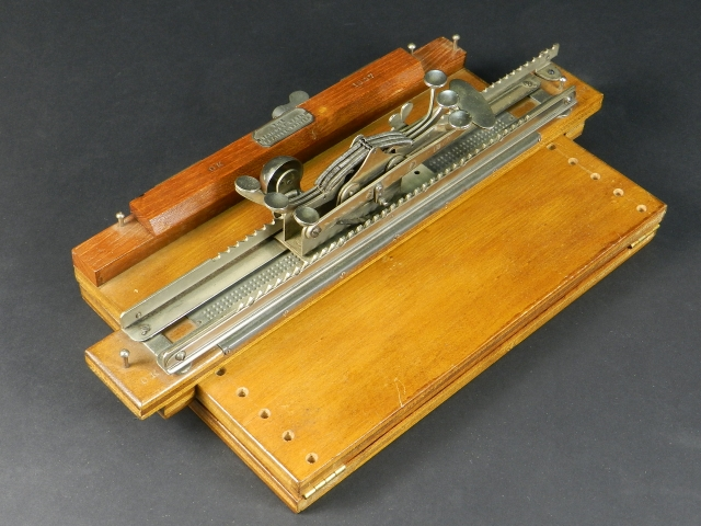MÁQUINA ESCRIBIR BRAILLE STAINSBY WAYNE