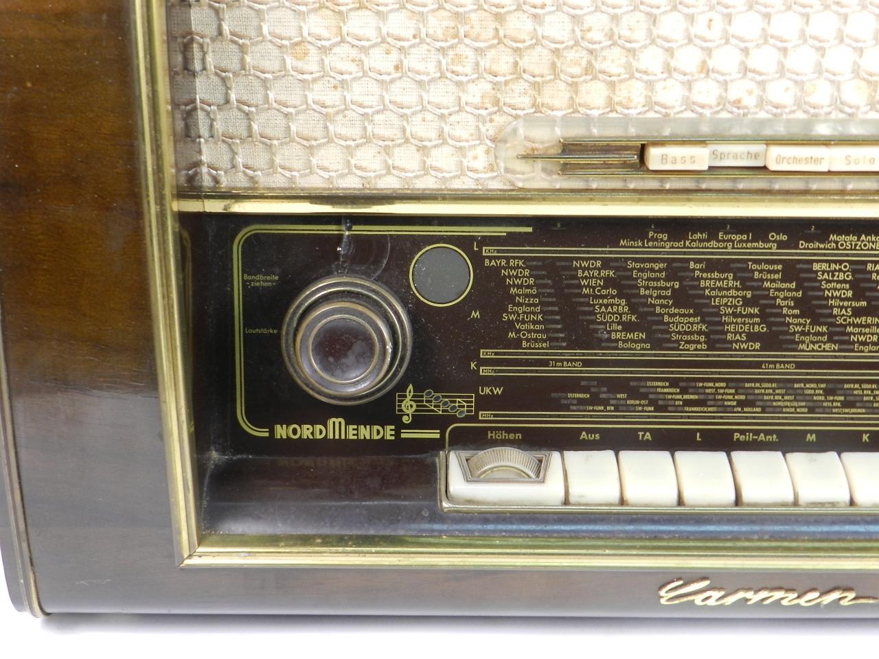 Imagen RADIO NORDMENDE Mod. CARMEN 56  AÑO 1956 27909
