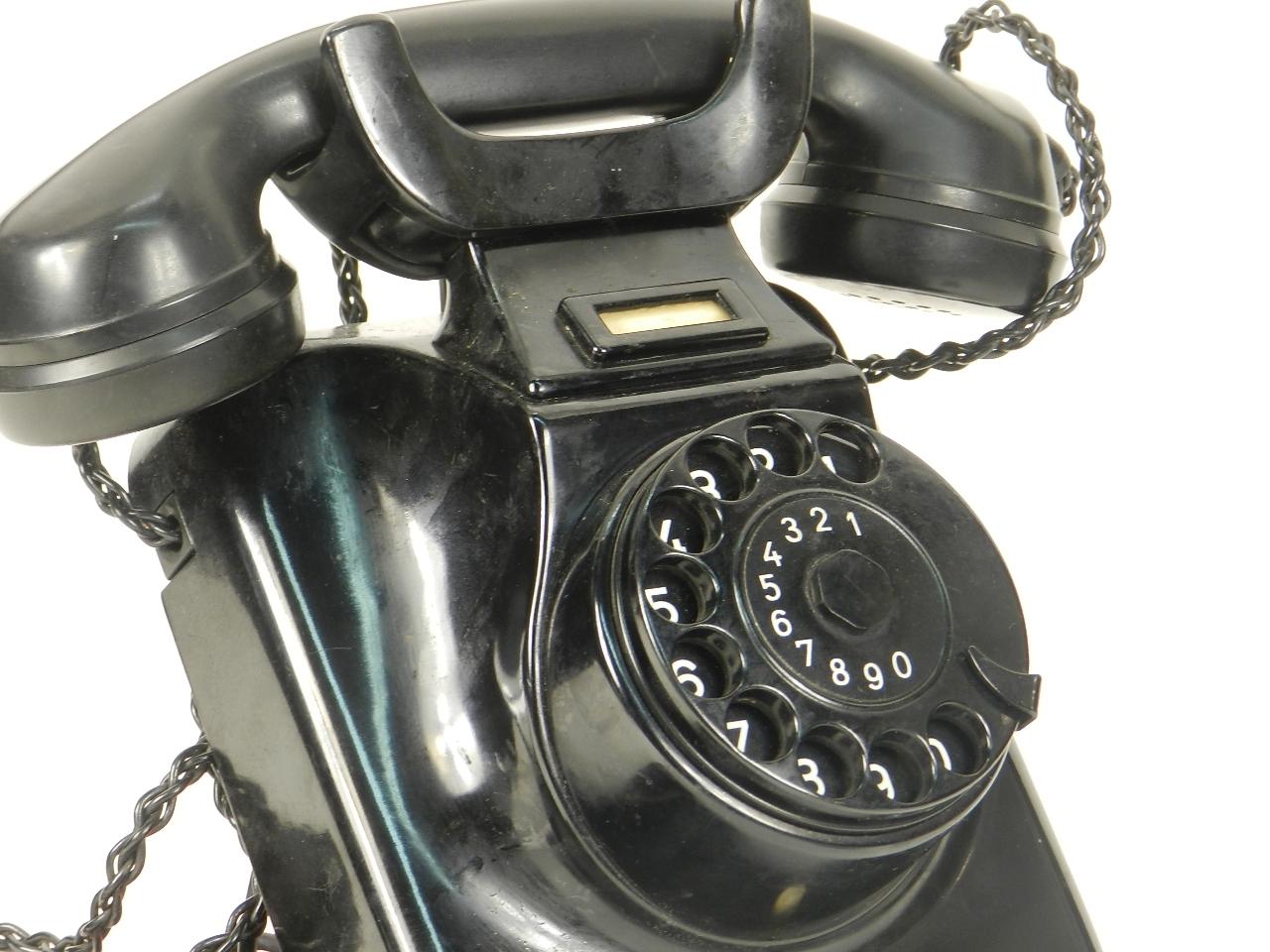 Imagen TELÉFONO DE PARED W49  AÑO 1950 27942