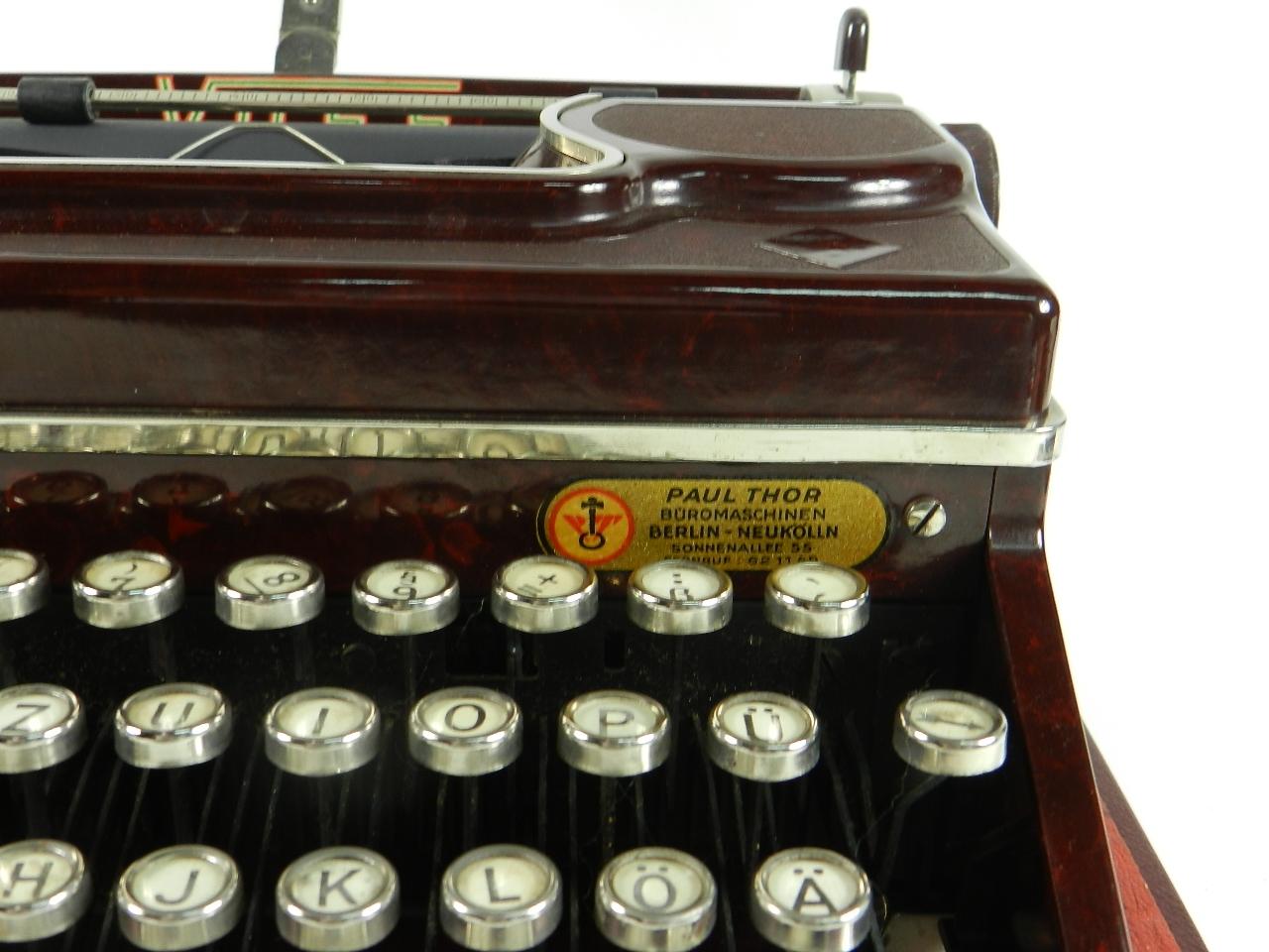 Imagen VOSS AÑO 1950  BAQUELITA ROJA 29633