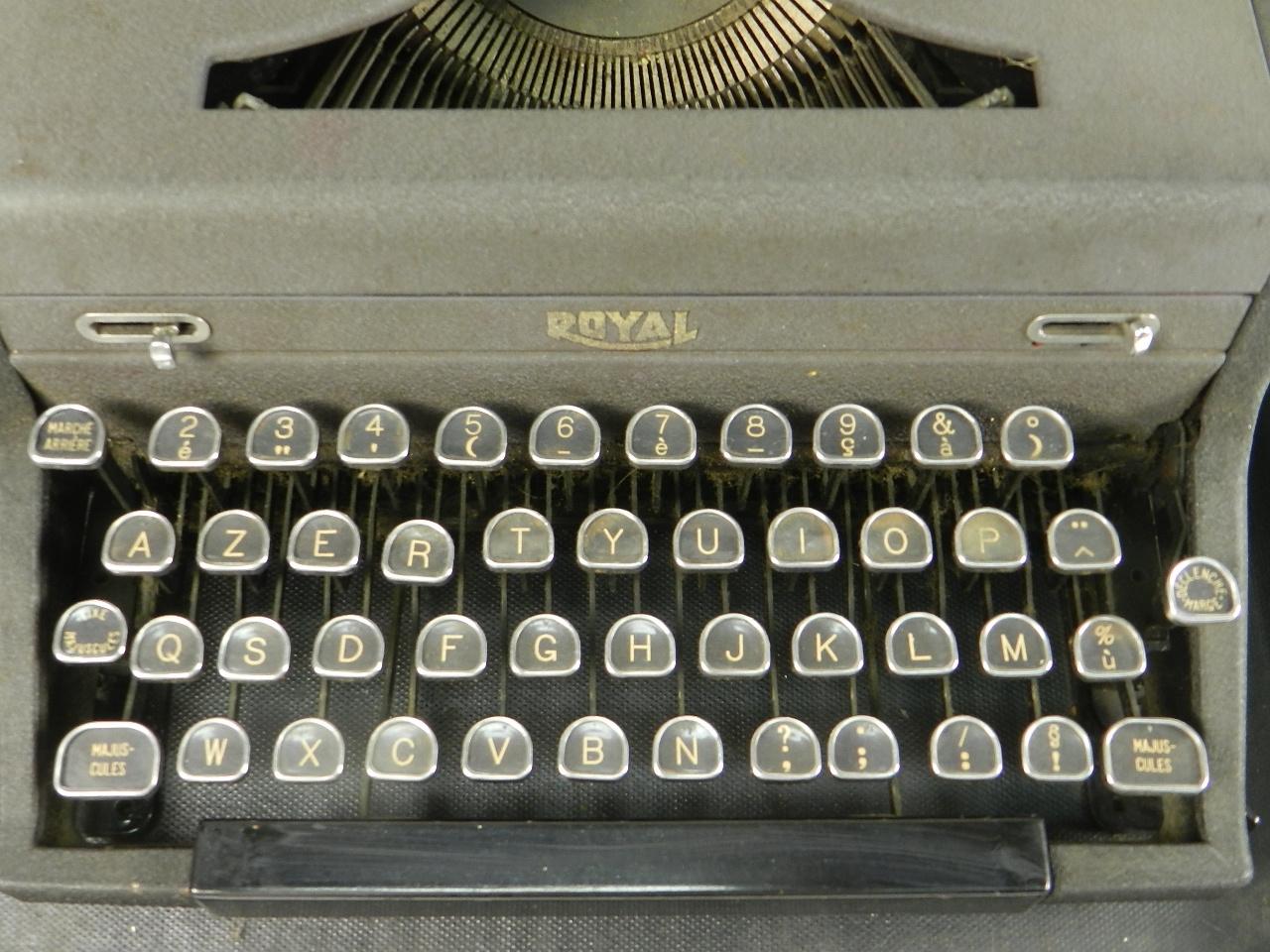 Imagen ROYAL  AÑO 1945 29670