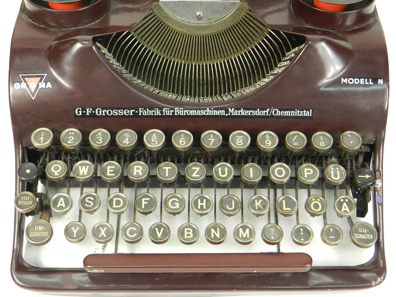 Imagen GROMA Mod. N  AÑO 1938  COLOR MORADO 29812