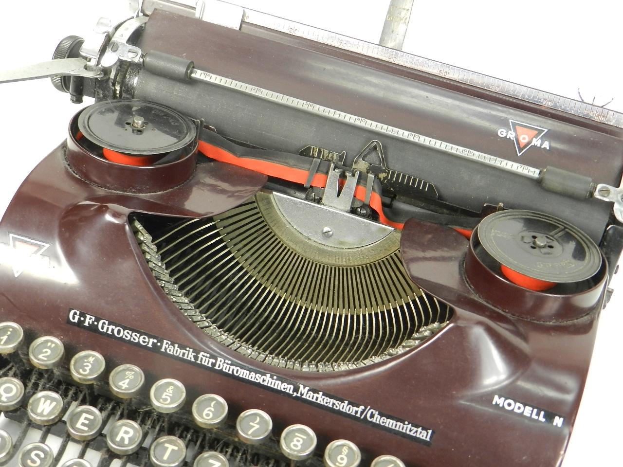 Imagen GROMA Mod. N  AÑO 1938  COLOR MORADO 29813