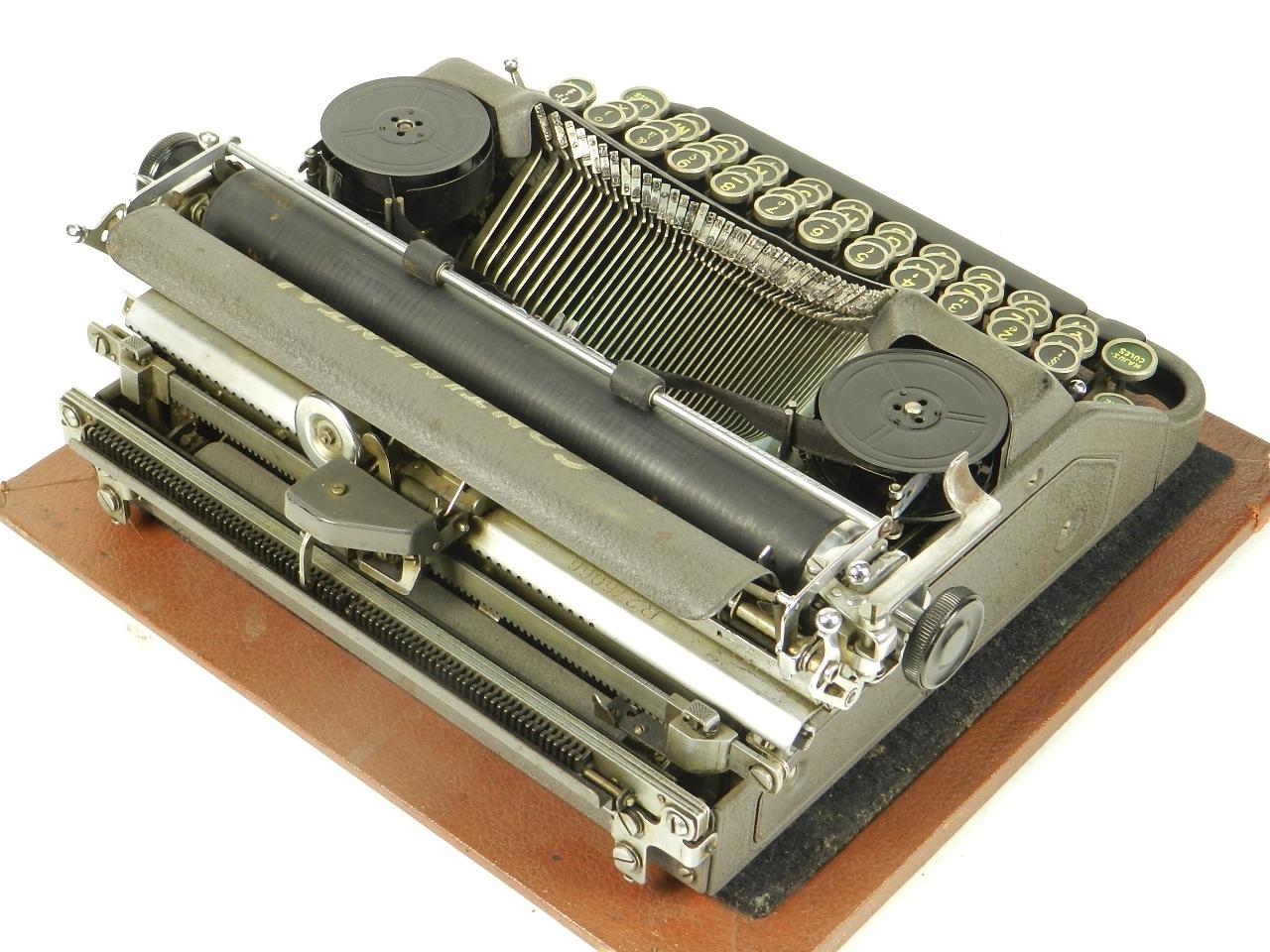 Imagen CONTINENTAL W50  AÑO 1939 COLOR GRIS 30539