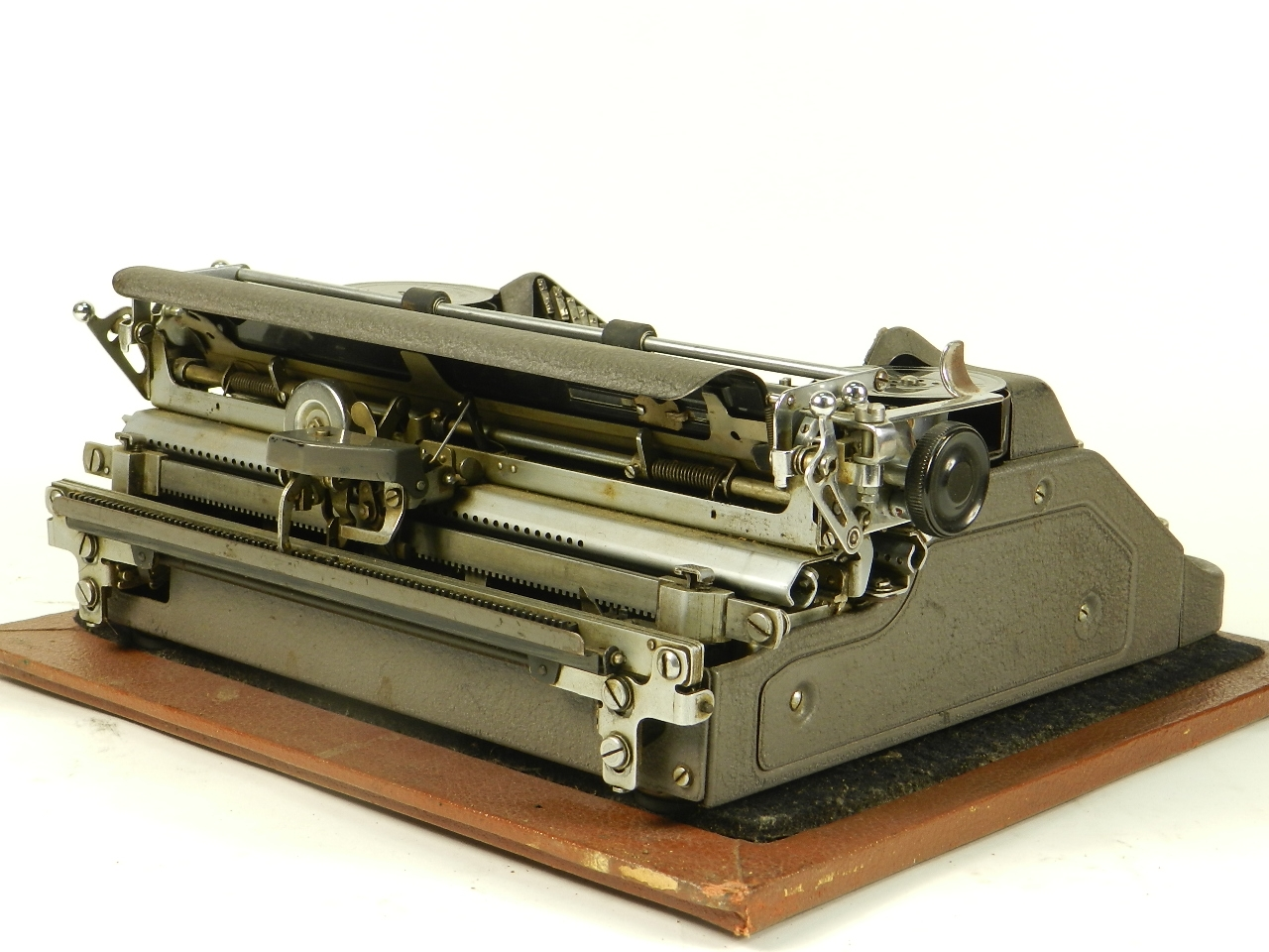 Imagen CONTINENTAL W50  AÑO 1939 COLOR GRIS 30540