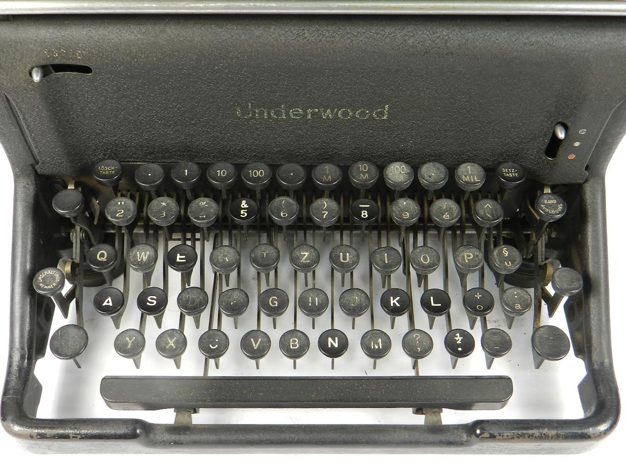 Imagen UNDERWOOOD STANDARD AÑO 1940 30620