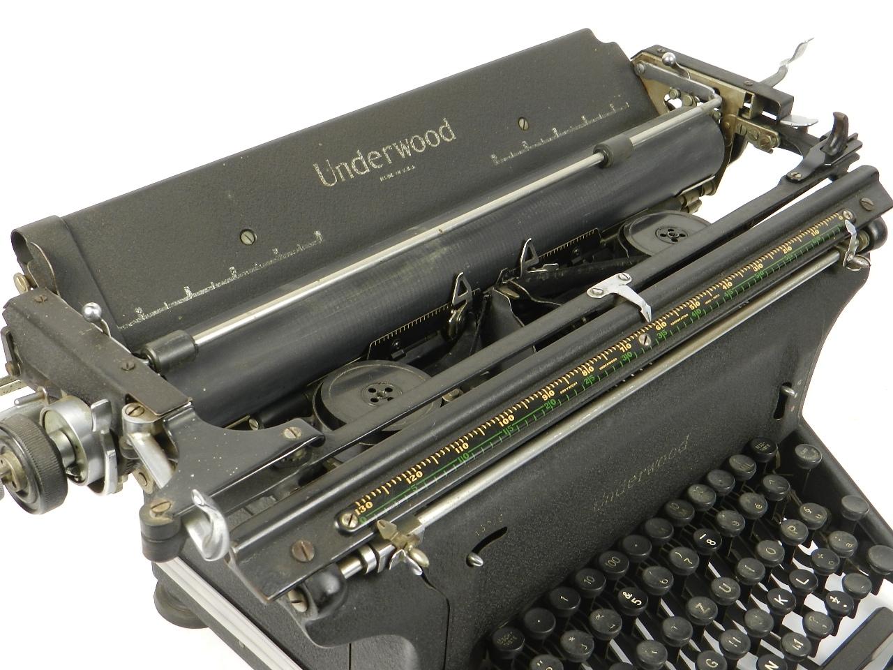Imagen UNDERWOOOD STANDARD AÑO 1940 30624