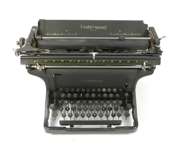 UNDERWOOOD STANDARD AÑO 1940