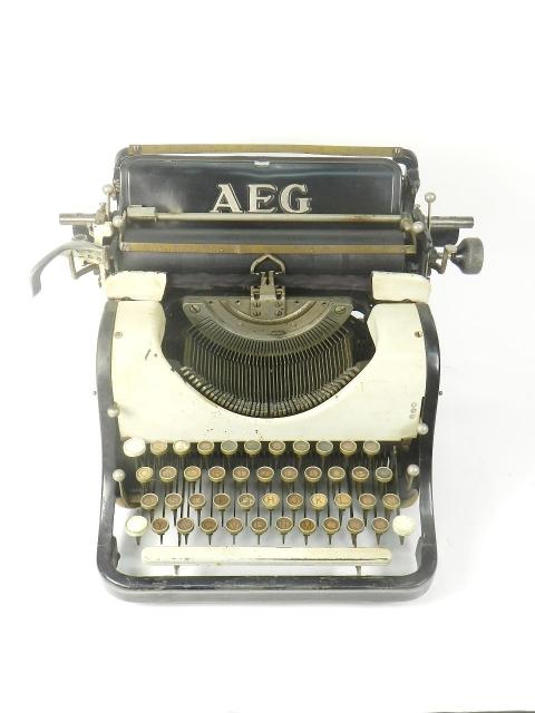AEG AÑO 1915