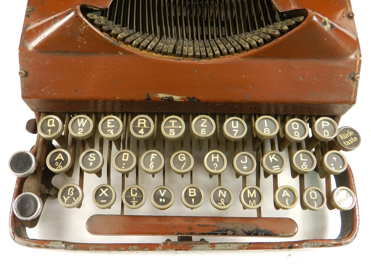 Imagen SENTA AÑO 1912  COLOR MARRON  33272