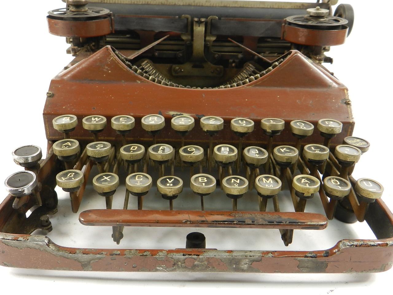 Imagen SENTA AÑO 1912  COLOR MARRON  33273