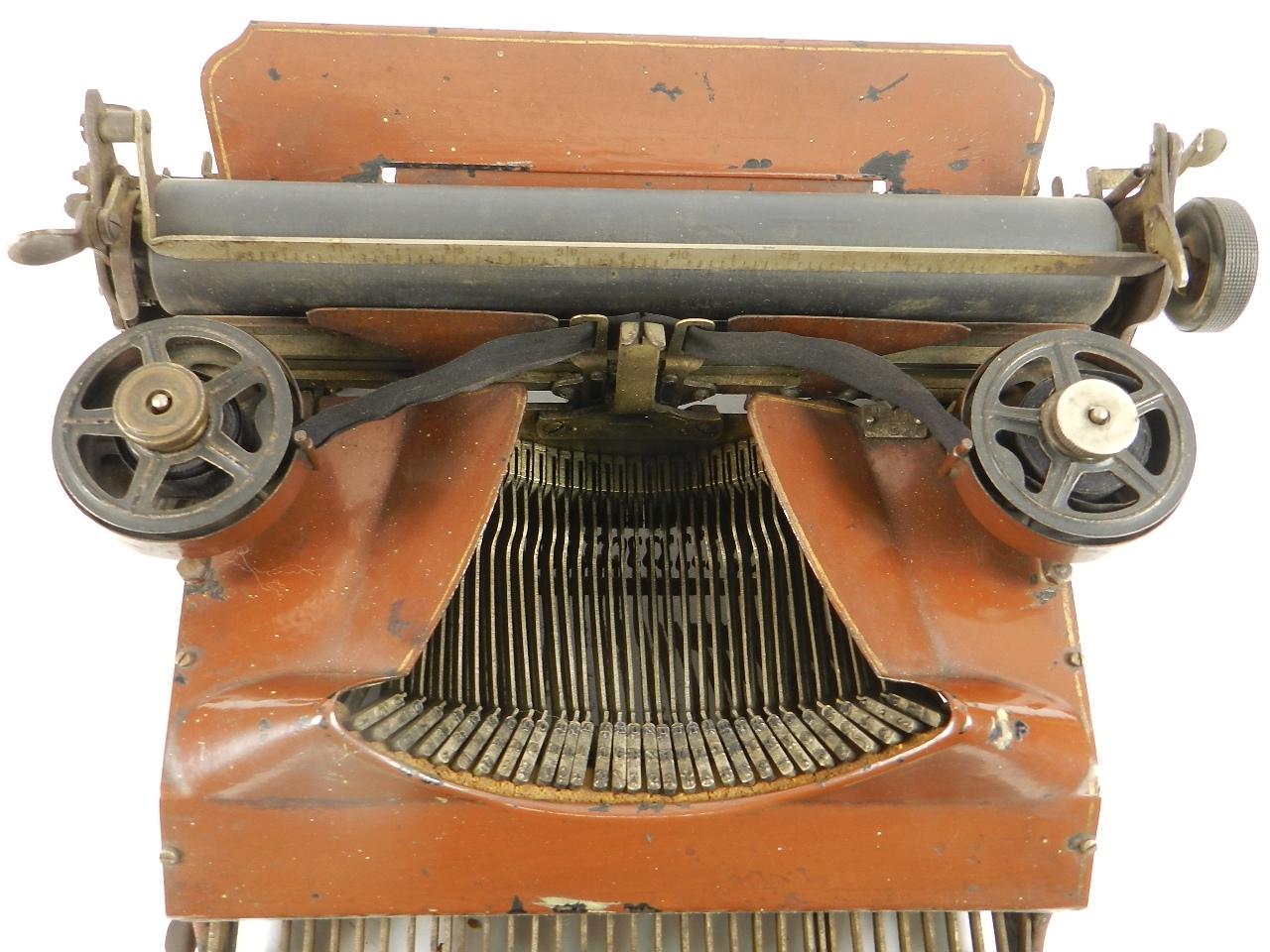 Imagen SENTA AÑO 1912  COLOR MARRON  33274