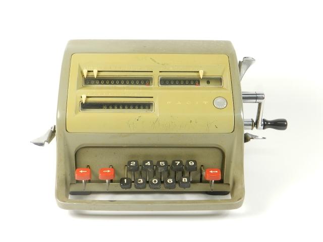 FACIT CI-13  AÑO 1950