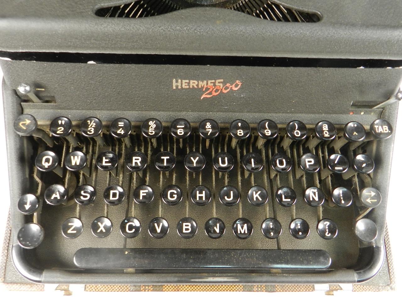 Imagen HERMES 2000 AÑO 1946  TECLADO ESPAÑOL 34562