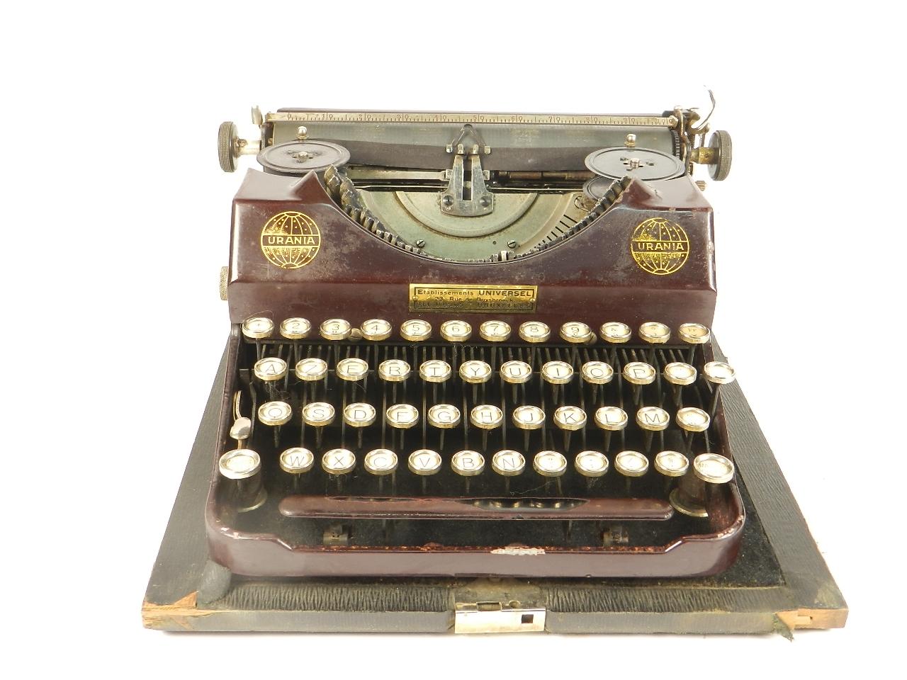 Imagen RARA URANIA PICCOLA AÑO 1926 COLOR GRANATE 34598