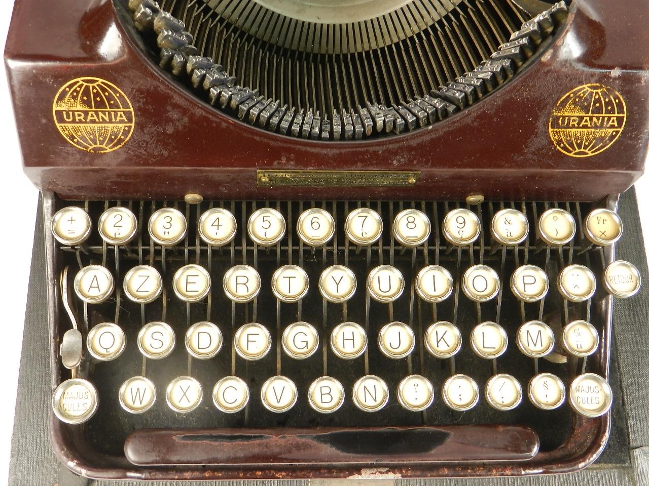 Imagen RARA URANIA PICCOLA AÑO 1926 COLOR GRANATE 34600
