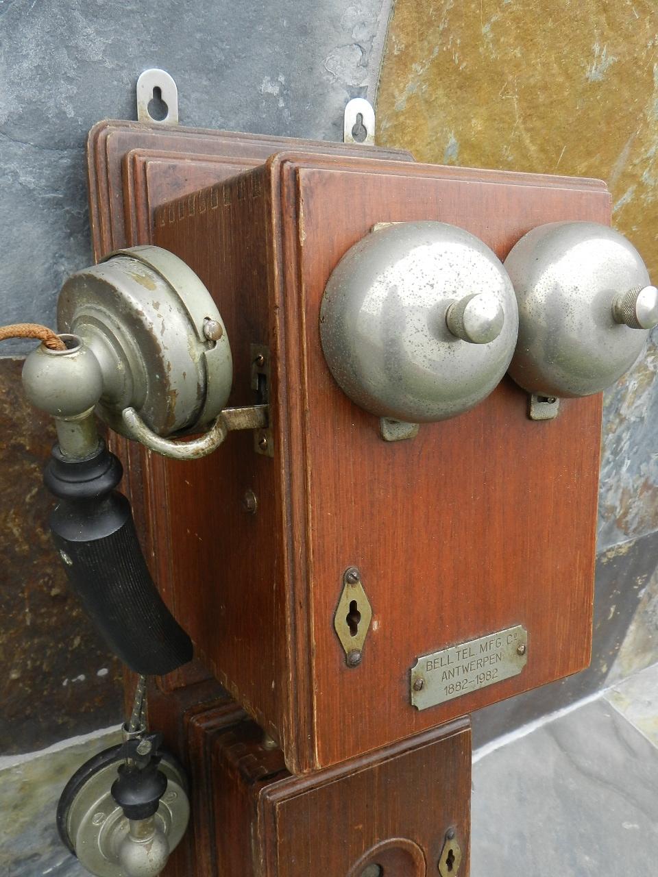 Imagen TELEFONO DE PARED AÑO 1920 34802