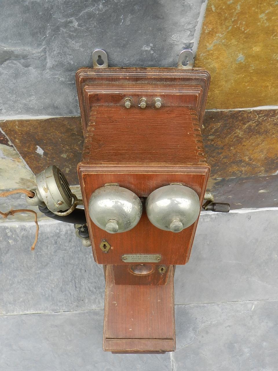Imagen TELEFONO DE PARED AÑO 1920 34805